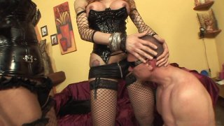 Screenshot #1 from Miss Big Dick Italy