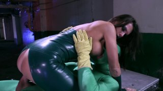 Screenshot #5 from She-Hulk XXX: An Axel Braun Parody
