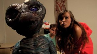 Screenshot #8 from E.T. XXX: A Dreamzone Parody